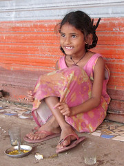 Girl at breakfast provided by Terre d'Espoir, Goa 3 (Pondspider) Tags: poverty india girl children child goa enfants enfant colva linde pauvret migrantworkers anneroberts annecattrell terredespoir janinegaiddon pondspider charitfranaise