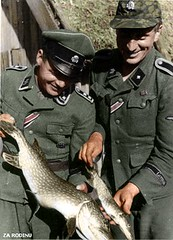 German soldiers with their catch ww2 (Za Rodinu) Tags: world 2 man men history vintage soldier war gun russia military rifle rifles front german weapon ww2 soldiers historical guns 1942 1945 rare troops 1944 1943
