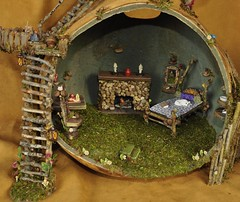 Fairy House Main Living Area (Torisaur) Tags: scale fairy gourd 12 fairyhouse fairyfurniture