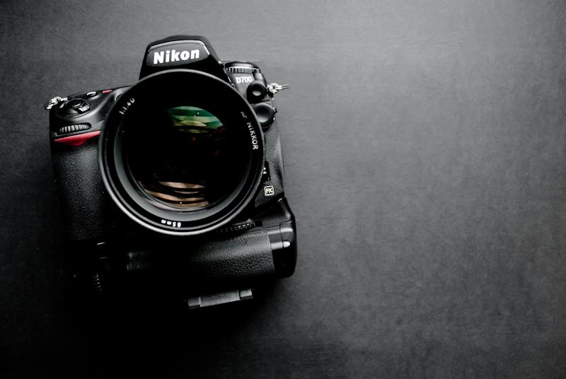 Nikon D700 + 85mm f/1.4