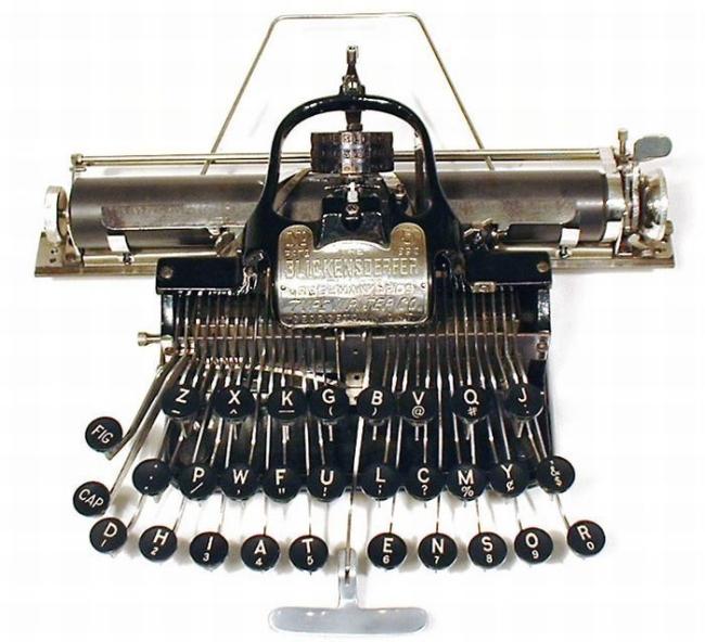 typewriter_12