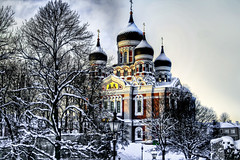 Alexander Nevsky Cathedral, Tallinn (alan.agius) Tags: trees snow church europe tallinn estonia cathedral baltic orthodox oldtown hdr highdynamicrange orthodoxchurch russianorthodoxchurch alexandernevsky