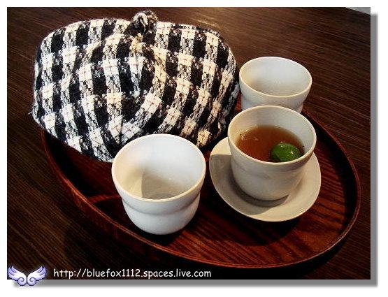 100320Whiple House23_柚香金桔茶