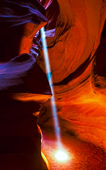 Colorful Laser (brig.halpin) Tags: light red orange southwest colors beautiful yellow canon interesting sand sandstone mark iii shapes az canyon sharp upper page antelope navajo slot 1ds beams 2470mm markiii 2470 f28l