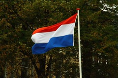 The Flag of the Kingdom of the Netherlands (Lovando) Tags: netherlands flag den nederland kingdom denhaag hague bandera haag flagge países niederlande bandiera nederlanden the vlag paesi bajos bassi prinsjesdag koninkrijk