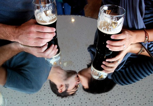 a tender moment over a pint, guinness brewery