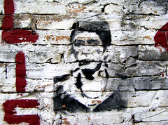 THE WALL IS YOURS (@Ele_A) Tags: stencil paraguay scarface asunción pacino