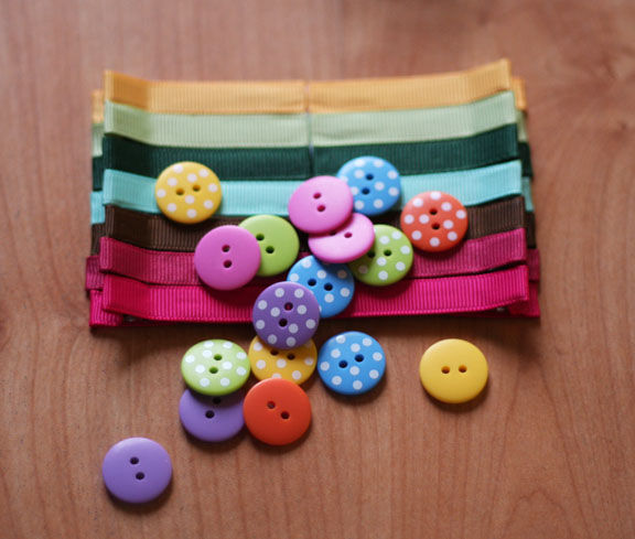 hair clips plain & buttons