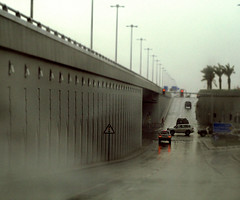 (Aih.) Tags: cars car raining doha qatar travelsofhomerodyssey