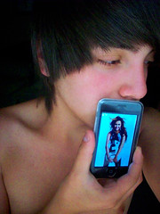 miley cyrus (Gimme that Cry-Crystal) Tags: ipod touch cyrus miley
