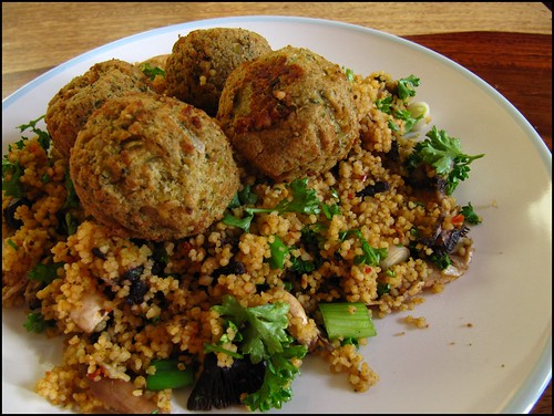 Cous cous salad with Falafel
