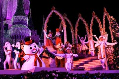 WDW Dec 2009 - Celebrate the Season (PeterPanFan) Tags: show christmas travel winter vacation horses usa goofy canon orlando snowman december dale florida character frosty disney dec disneyworld 7d mickeymouse chip shows characters fl minniemouse wdw waltdisneyworld tac performers performer tic 2009 magickingdom themeparks christmastrip disneycharacters frostythesnowman christmaspictures celebratetheseason christmasseason holidaytime disneyparks canoneos7d canon7d jonfiedler disneyshows