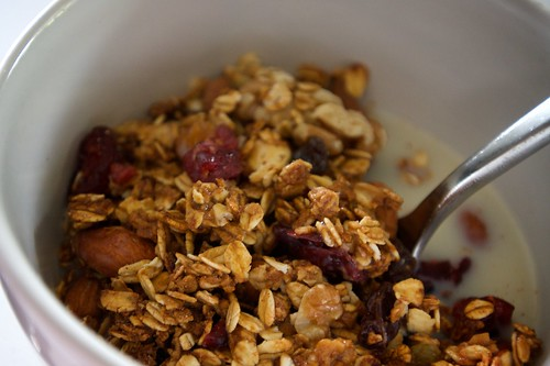 granola with soymilk