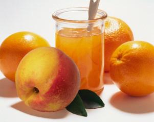 suco de laranja com pessego