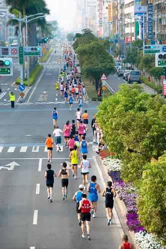 高雄國際馬拉松-博愛路