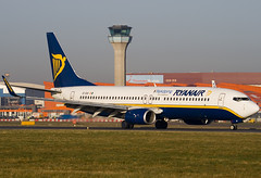 EI-DAI - 33547 - Ryanair - Boeing 737-8AS - Luton - 080212 - Steven Gray - IMG_8065