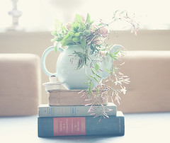 incorporating books into centerpiece (cultureshock) Tags: blossombranch blossombranchbymaggieharkovphotographyllc