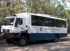 4x4 Bus
