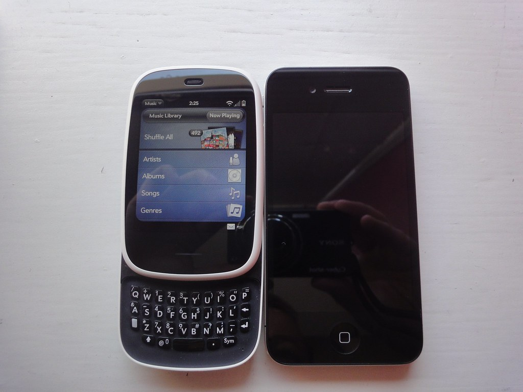 Veer / iPhone 4 comparison - 3