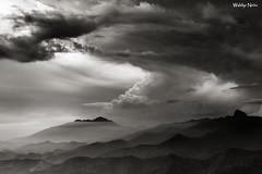 Angry Skyscape (Waldyr Neto) Tags: sunset storm clouds sunrise nuvens petrópolis stormchasers tempestade tinguá waldyrneto