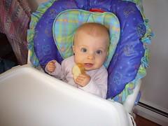 Finger foods amuse her