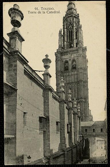 Arco de Palacio a inicios del siglo XX. Foto H.A.E.