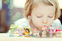 {berry sweet} (annie.manning {paint the moon}) Tags: sunlight reflection vintage toys happy strawberry kiss dolls play bokeh naturallight retro nostalgia tradition 1970s 1980s strawberryshortcake berrysweet