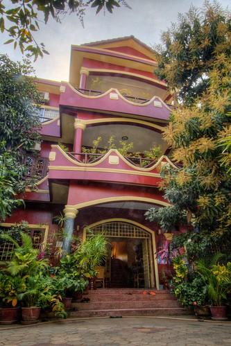 Bousavy Guest House