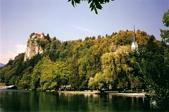 Bled (Slovenjia) End of August 2001 - The Castle and the lake (presbi) Tags: lake slovenia bled lakebled lagobled slovenjia aplusphoto mygearandme