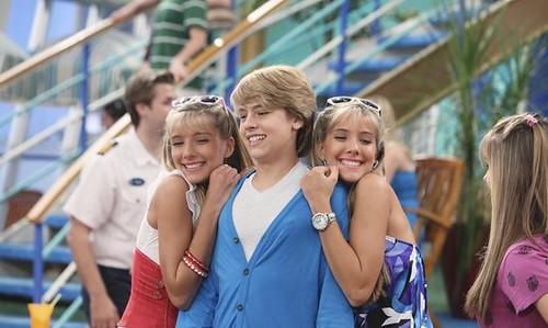 Milly y Becky Rosso vuelve a 'Zack y Cody Gemelos A Bordo'