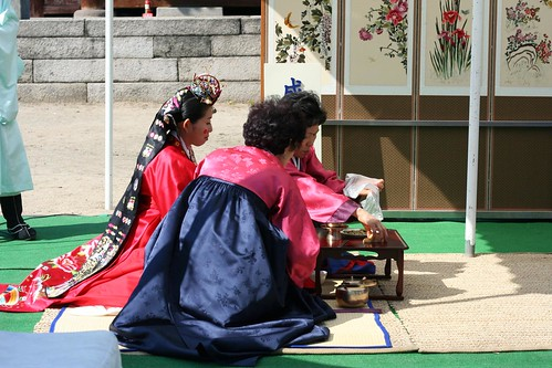Yenari's cousin Youngjoon's traditional wedding