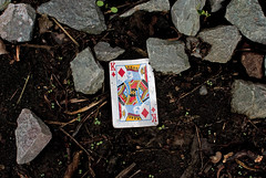 Croydon: Discarded (Eric Hands) Tags: surrey discarded croydon playingcard kingofdiamonds