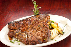 Stockyard_Porterhouse_9286 (n2cameras) Tags: food restaurant timwilliams redlands n2cameras thephotofix thestockyard feedme411