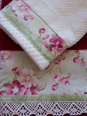 Pretty Chic towel set - by Decorative Towels - Created by Cath.