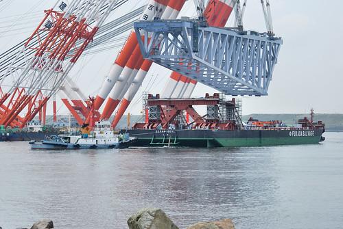 Massive crane lift