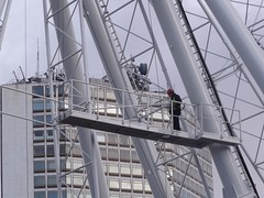 Birmingham Big Wheel - man at work (ell brown) Tags: greatbritain england birmingham published unitedkingdom manatwork westmidlands birminghamuk broadst centenarysquare alphatower birminghammail birminghambigwheel birminghammailextra bccdiy agoodturn