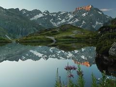 Le lac du Lauzon et Le Sirac (dyonis) Tags: mountains alps alpes montagnes gioberney hautesalpes valgaudemar passiondclic
