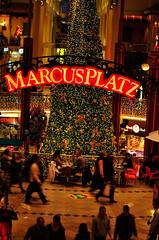 Plus_City_Dezember_2009 (9 von 35) (editor0range) Tags: christmas people weihnachten rush 2009 pasching einkaufszentrum pluscity