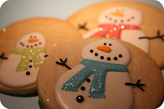 snowman family (sweetopia*) Tags: cookies snowman snowmen sugarcookies royalicing decoratedcookies snowmancookies