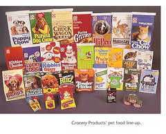 Old 1980's Ralston Pet Food Display (gregg_koenig) Tags: old food dog cakes cup st fruit breakfast cat vintage pie star louis cookie display box cereal crisp chow packaging hostess interstate wars chex jarvis 1970s 1980s ding tender wrapper ralston dong brands twinkies ibc vittles dongs purina checkerdome