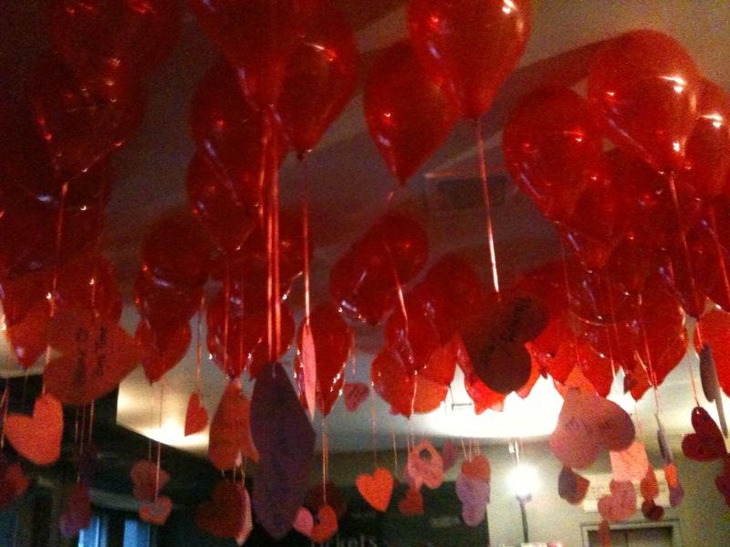 lobby balloons1