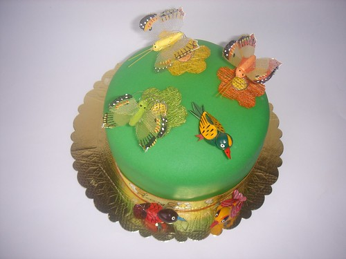 Uçuşan Kelebek Pastası