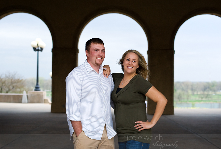 st. louis engagement pictures, nicole welch photography, st. louis wedding photographers