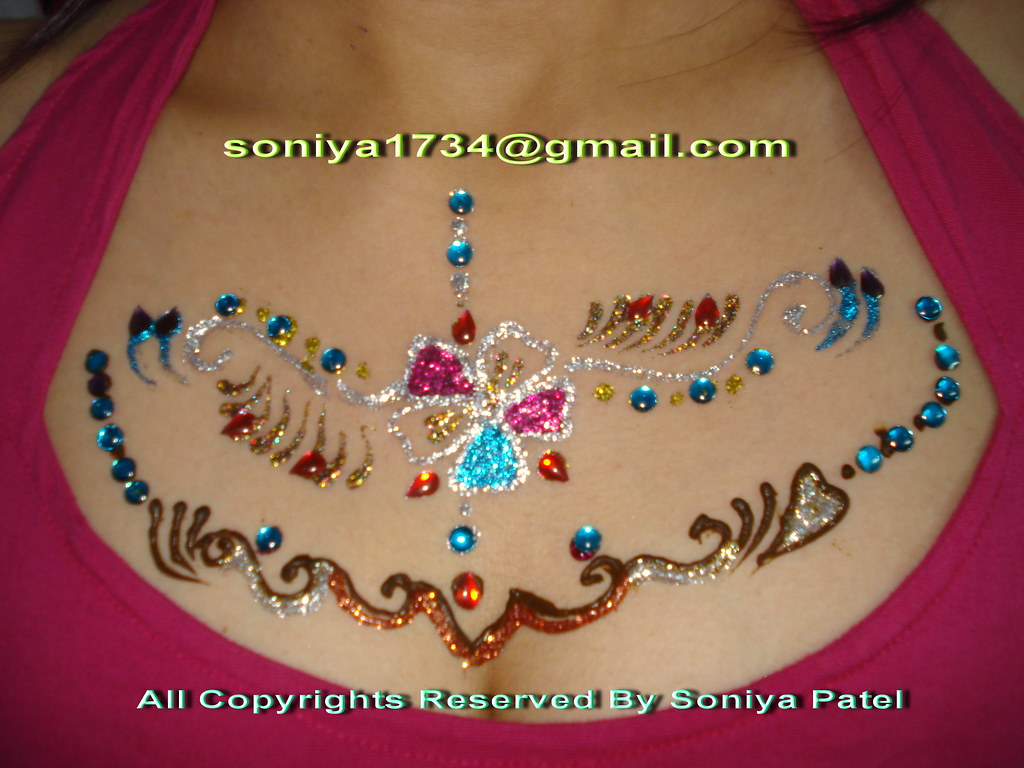 Stylist Henna Mehandi