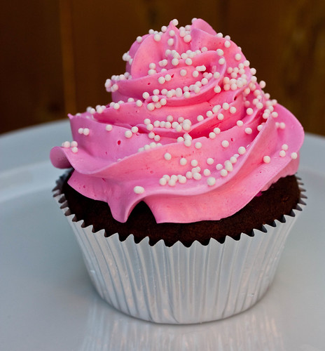 italian buttercream cupcake