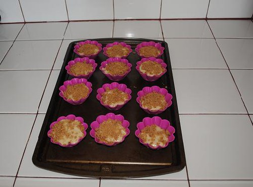 crumb cake muffins 003