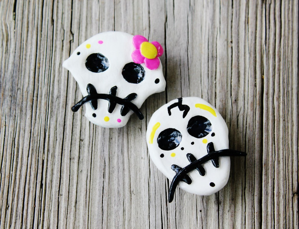Day of the Dead Dia De Los Muertos Sugar Candy Skull Magnet Set - Mr. and the Mrs.