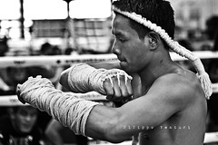 Muay Thai (Filippo Venturi) Tags: blackandwhite white black sport fight fighter martial arts thai arti boxing lotta muay biancoenero boxe marziali