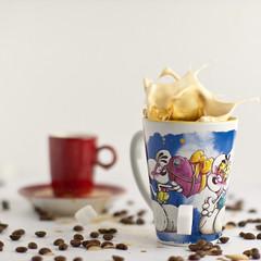 coffee & small Splash (dongga BS) Tags: coffee kaffee splash highspeed spritzer canoneos50d ef50mmf12lusm frozenmovment