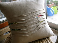 Pintuck cushion cover (soja) Tags: november linen sewing craft pillow cover swap patchwork cushion 2009 amykarol semisimple btrss